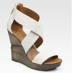 DVF Wedges. Size 9